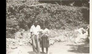 من اليمين مرتا اوراها و اسحاق اصخريا